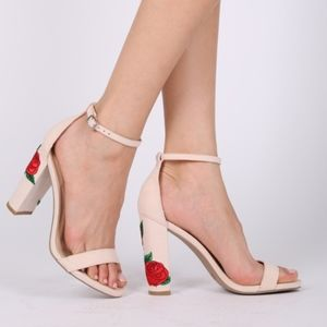 Nude Heel with Floral Embroidery | Size 9